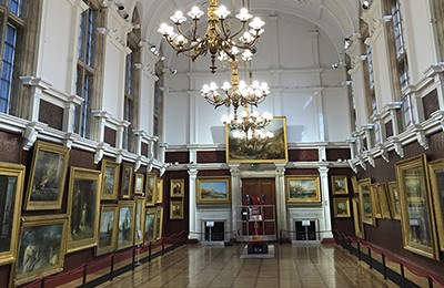 Fertigstellung - Founders Picture Gallery – Royal Holloway, ...